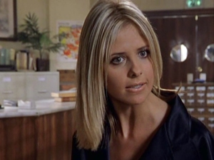 sarah_michelle_gellar_buffy_season_2_episode_6_caps_4bwZbdD.sized
